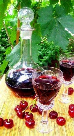 Как сделать вишневую наливку на спирту