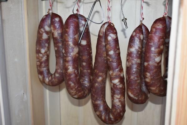 подготовка колбасы к термообработке