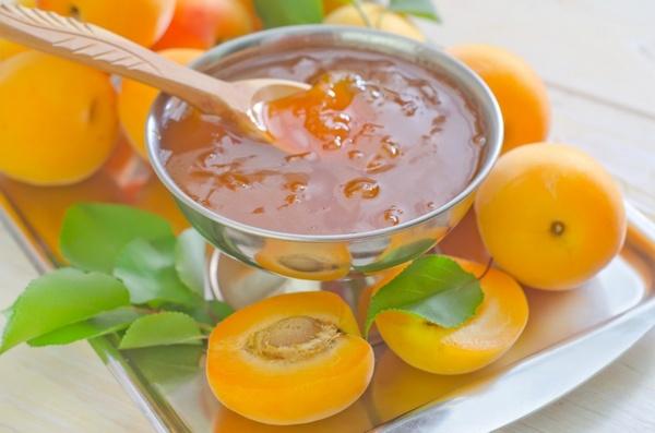 абрикосовое варенье для вина