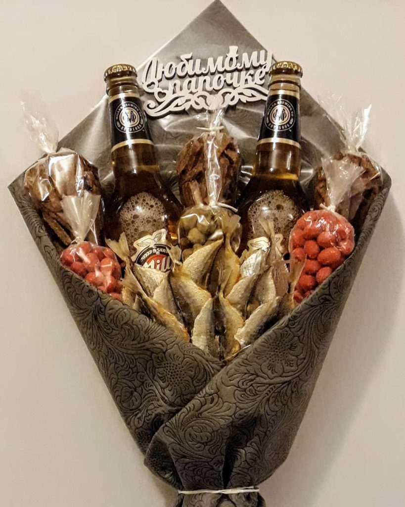 Как сделать вкусный букет для мужчины на 23 февраля лучше и дешевле, чем на заказ