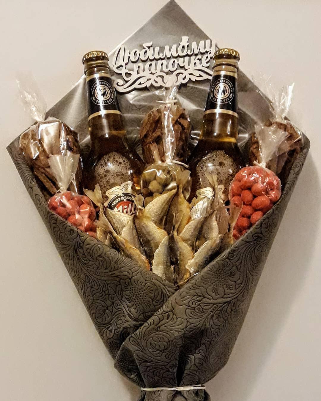 Букеты, мужские букеты с пивом и закуской