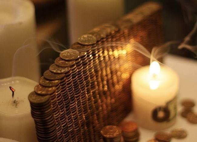 Как просить денег у молодого месяца: лучшие дни для проведения ритуала в 2019 году