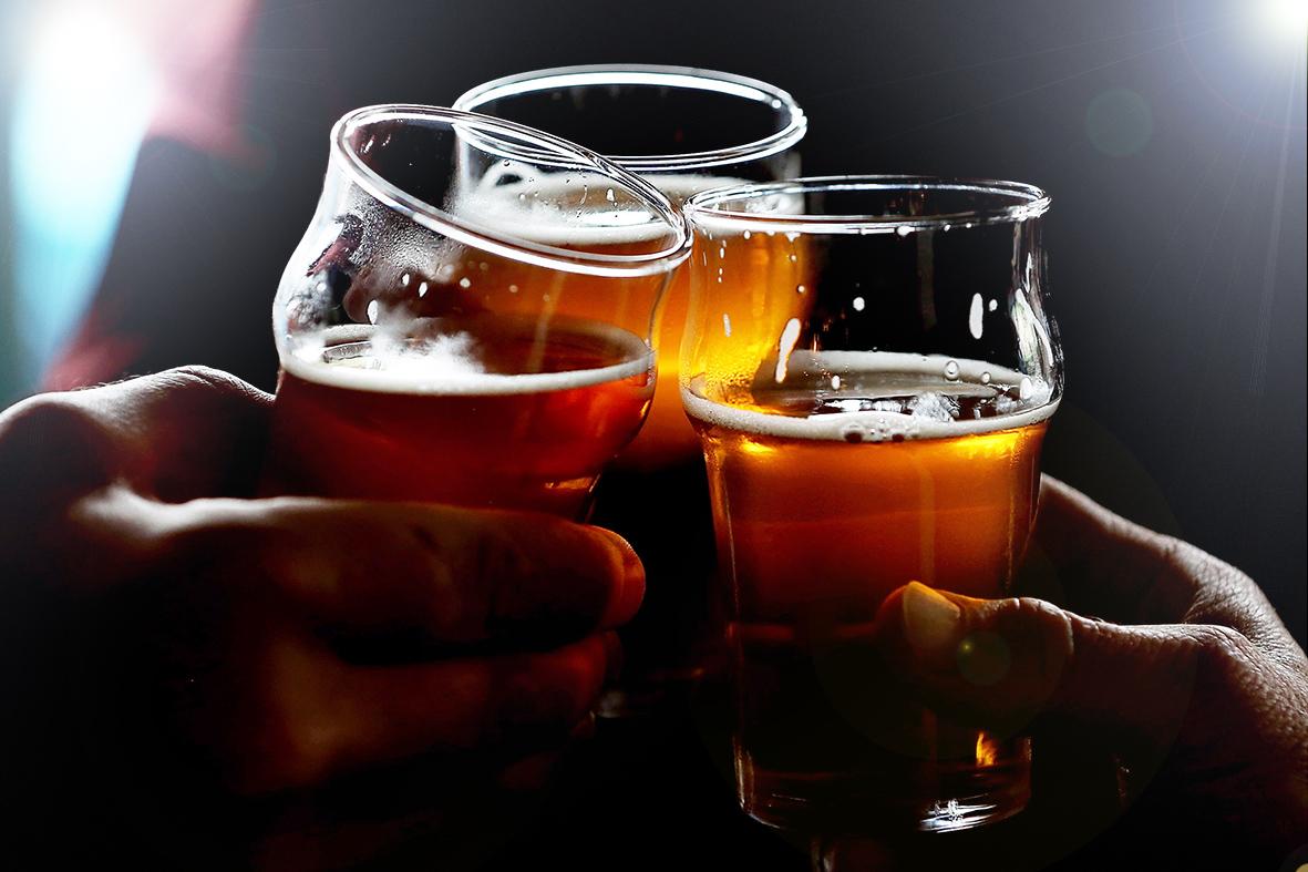 Можно ли пить пиво при высоком давлении — NET-ALKO