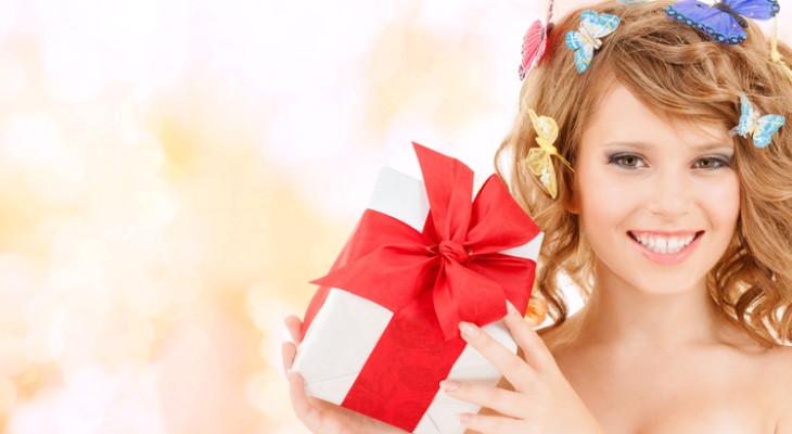 100 идей оригинальных подарков на 8 Марта до тысячи рублей