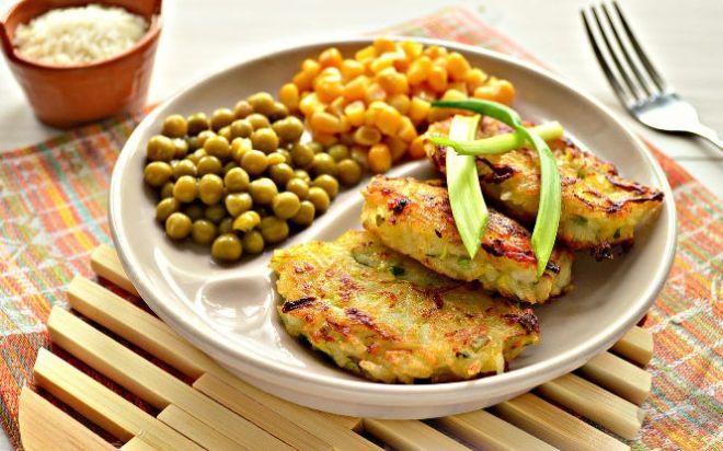 3 сытных и вкусных блюда из риса, которые можно есть в пост