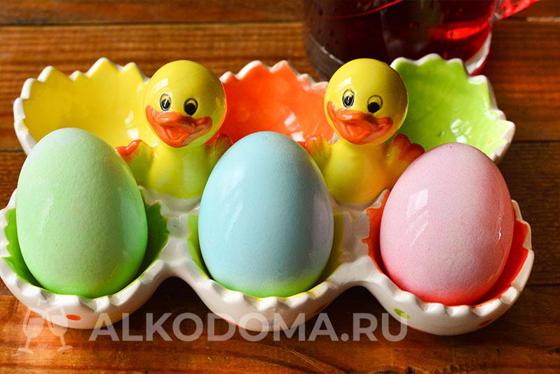 Яркие пасхальные яйца за считанные минуты: с гелевыми красителями это реально