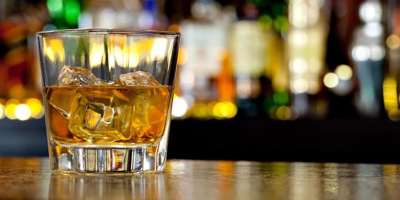 Знаки зодиака и их алкогольные предпочтения: что говорят звезды по этому поводу