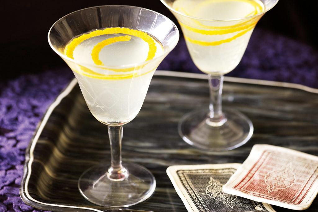 5 странных алкогольных коктейлей, от названия которых уже становится не по себе