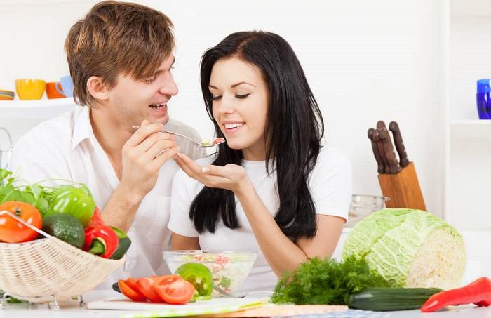 Почему мужу и жене нельзя есть из одной тарелки