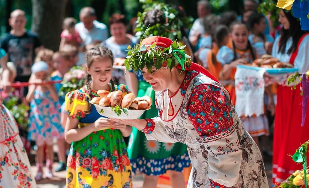 Что принято делать 21 июля 2019 на день Казанской Богоматери: лучшее время для свадеб