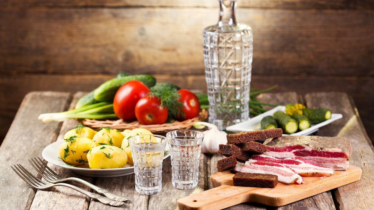 Какими продуктами лучше не закусывать водку