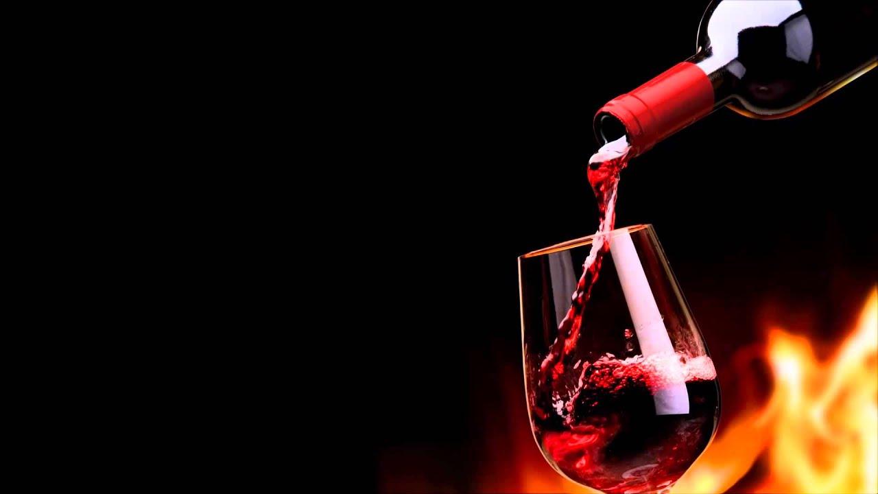 От каких спиртных напитков лучше отказаться в жару и почему