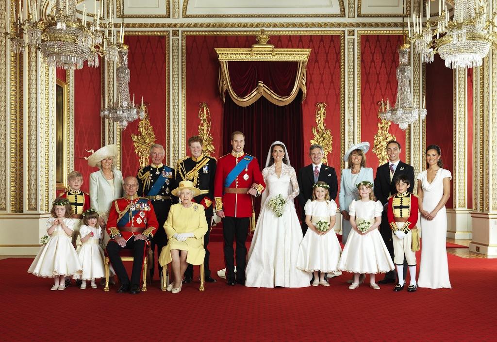 Какие спиртные напитки подают на стол в королевской семье Великобритании