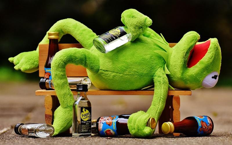 Почему нельзя понижать градус при распитии алкоголя? И правда ли нельзя?